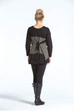 Yuni Long Sleeve Cotton Tunic - Black Hanakhoushi  Print