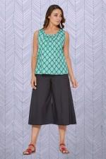 Sarah 3/4 Cotton Pant -Plain Black